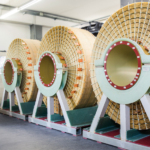 XXL-Luftspulen für Windkraftanlagen und hochspannendes Video